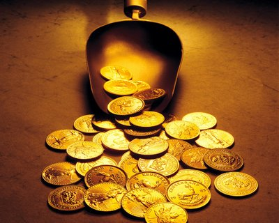 الذهب يتكبد خسائر تتجاوز 7% خلال شهر