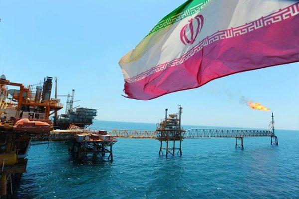صادرات النفط الايراني نحو آسيا ترتفع الى 70% في يناير اثر رفع العقوبات على طهران