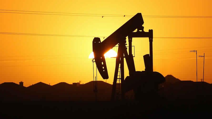 جولدمان ساكس يخفض توقعات أسعار النفط نحو 47.50 دولار للبرميل