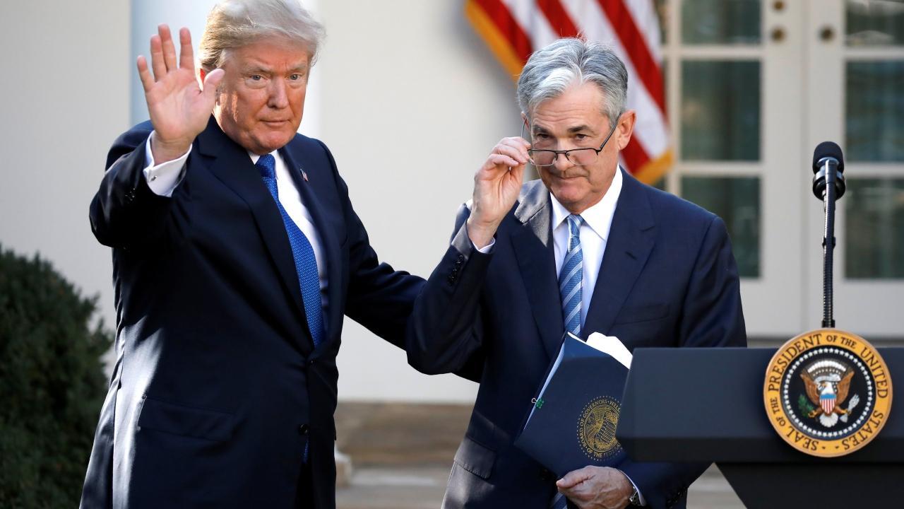 الأسواق الأمريكية تترقب خطاب جيروم باول وترامب