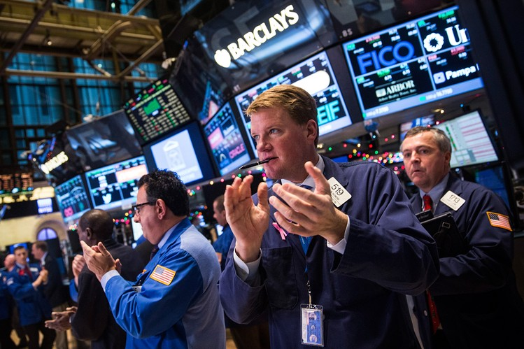 الأسهم الأمريكية تحقق ارتفاعا قياسيا مع بداية التداولات