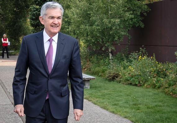 البنك الاحتياطي الفدرالي يتحرك لتخفيف الضغوط مع ارتفاع الطلب على الدولار