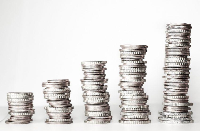 العقود الفورية لأسعار الفضة تتداول عند مستوى 24.8 دولار